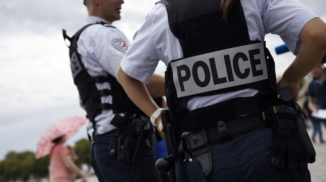 Marseille: trois faux policiers tentent de braquer... un vrai policier