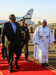 Soudan: le pouvoir menace de poursuites les organisateurs des protestations