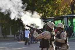 Violences en Haïti: Washington rappelle ses diplomates non essentiels