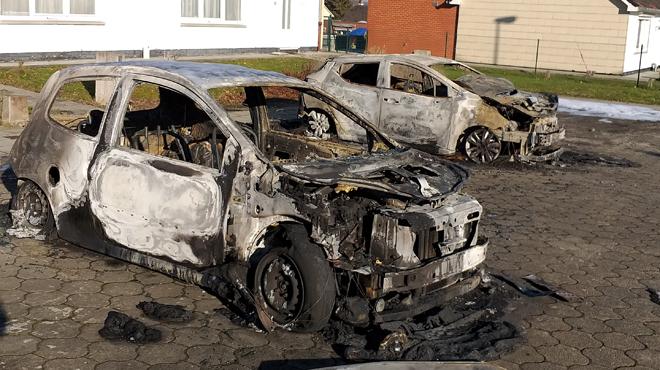 Trois voitures carbonisées à Nivelles: la piste criminelle privilégiée (photos)