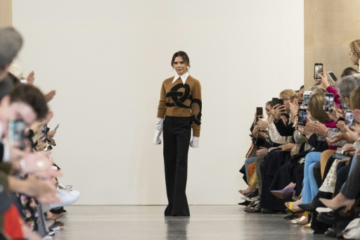 Victoria Beckham convoque les seventies à la Fashion Week de Londres