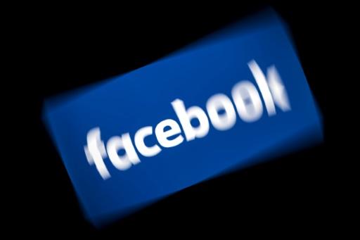 Fake news: Facebook qualifié de