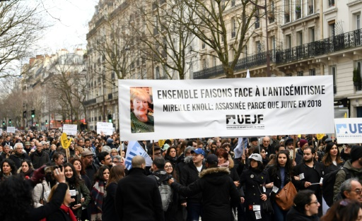 Mobilisation massive de la classe politique contre l'antisémitisme