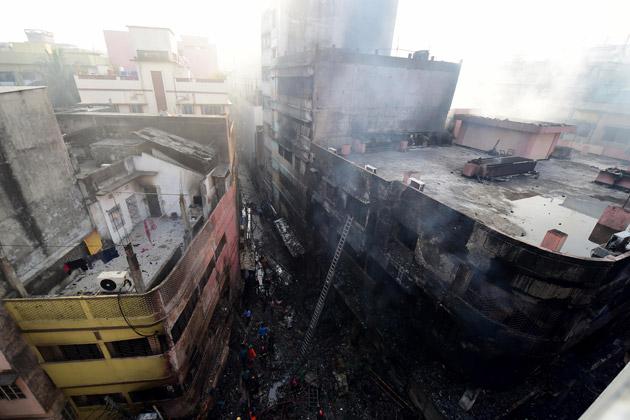 Au moins 56 morts dans un incendie — Bangladesh