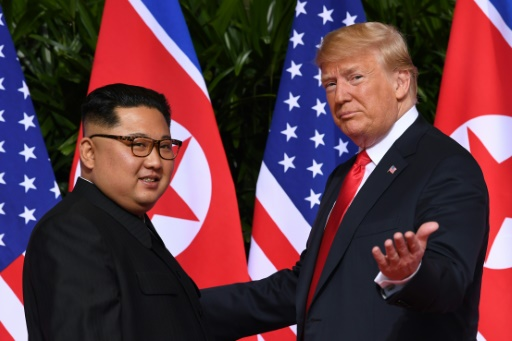 Un tête-à-tête Trump-Kim lors de leur sommet à Hanoï, comme à Singapour