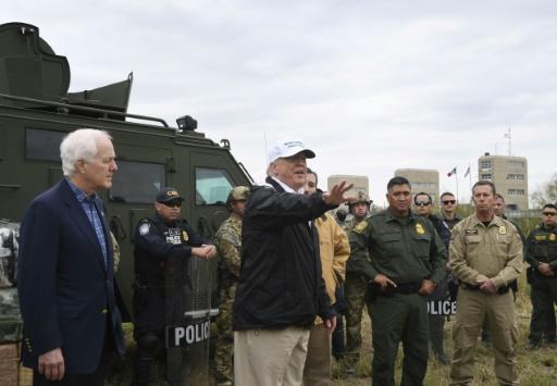 Les démocrates lancent l'offensive parlementaire contre le mur de Trump