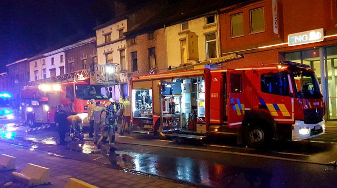 Incendie mortel à Fleurus: à l'arrivée des secours, l'occupant de la maison en flammes était inanimé