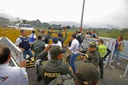 Crise au Venezuela - Désertion de 13 membres des forces de sécurité passés en Colombie