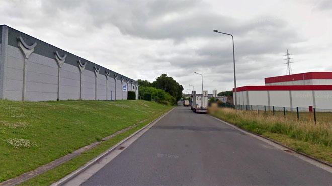 Une conduite de gaz percée à Mouscron: des entreprises du zoning évacuées
