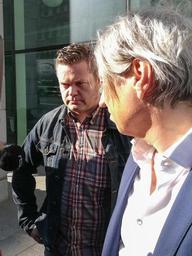 Deux victimes présumées de l'évêque Roger Vangheluwe ont été interrogées pour diffamation