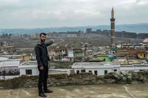 Turquie: à Diyarbakir, faire campagne pour des quartiers fantômes