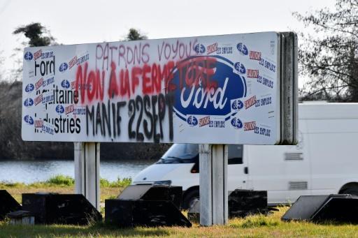 Macron: l'Etat va