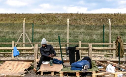 Une centaine de migrants s'introduisent illégalement dans le port de Calais