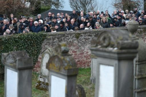 Cimetière juif profané: Quatzenheim dit