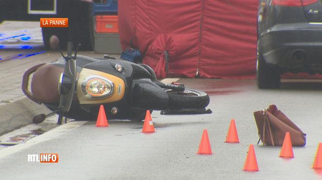 Une femme chute de son vélomoteur et est écrasée par une voiture à La Panne: le conducteur a pris la fuite