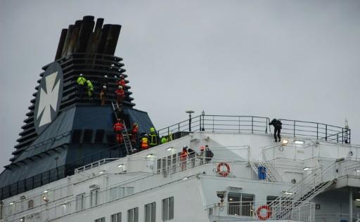 Intrusion de migrants dans le port de Calais: quatre mois ferme pour le