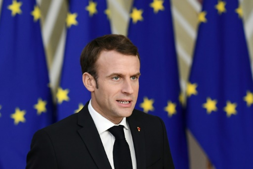 Macron propose de