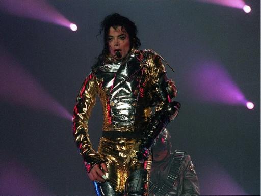 Accusations de pédophilie: les fans de Michael Jackson montent au créneau