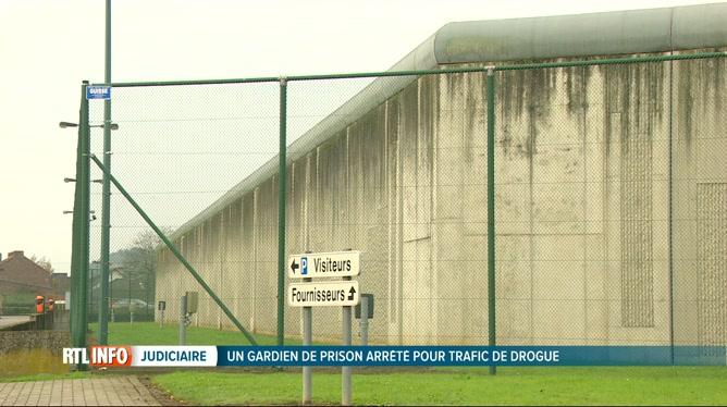 L'agent pénitentiaire arrêté pour trafic de drogue dans la prison d'Andenne a été libéré sous conditions
