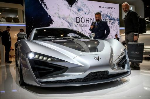 Auto: des constructeurs chinois se montrent à Genève, pariant sur l'électrique
