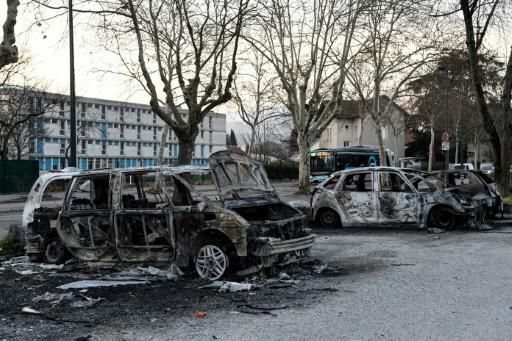 À Grenoble, la cité Mistral panse ses plaies après les émeutes