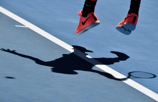 Matches truqués: trois nouveaux joueurs de tennis français en garde à vue
