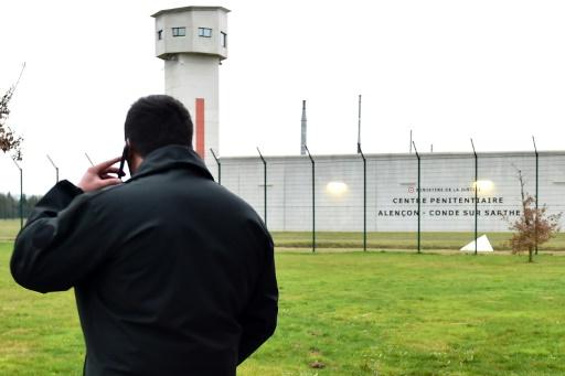 Prisons: deuxième jour de blocages après l'agression de Condé