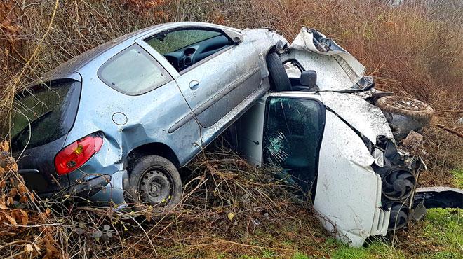Deux voitures finissent dans le décor à Mont-sur-Marchienne: deux blessés