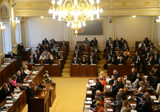 Tchèques : le président du Parlement dans la tourmente après de joyeuses festivités