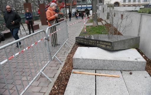 Strasbourg: la stèle de l'ancienne synagogue heurtée par accident