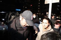 Ghosn libéré en tenue d'ouvrier: son avocat reconnaît un