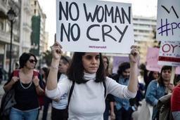Un arrêt de travail en faveur des femmes, une première en Grèce mais pas en Espagne