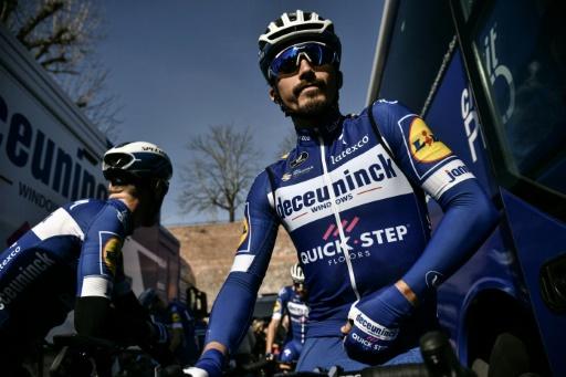 Cyclisme: le Français Julian Alaphilippe gagne les Strade Bianche