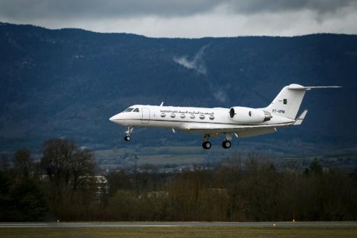 L'Algérie envoie un avion à Genève où est hospitalisé Bouteflika