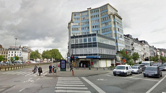 Bruxelles: un sans-abri tombe dans un trou de 8 mètres dans une station de prémétro