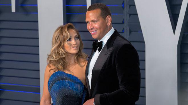 Deux jours après l'annonce de ses fiançailles, Jennifer Lopez doit faire face à des rumeurs d'infidélité de la part de son fiancé