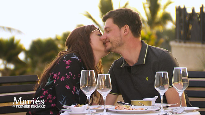 Mariés au premier regard: Jérémy et Elodie partagent une déclaration d'amour INTENSE à la fin de leur voyage de noce
