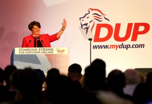 Le DUP nord-irlandais, caillou dans la chaussure de Theresa May