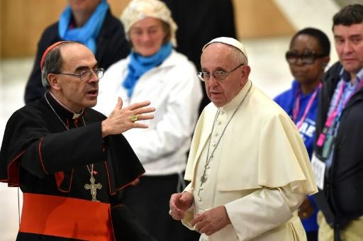 Le cardinal Barbarin attendra la décision du pape avant de s'exprimer