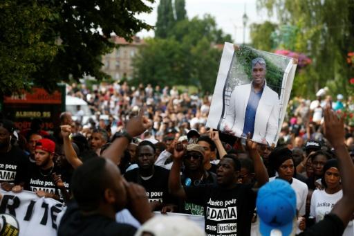 Adama Traoré: la défense des gendarmes accuse la famille de recourir à