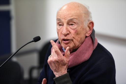 A 98 ans, Edgar Morin dans