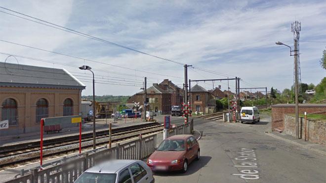 Un train immobilisé cet après-midi à Carnières: une personne a été heurtée mortellement