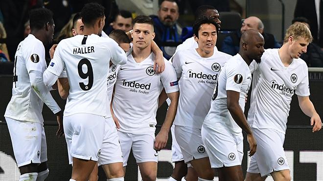 Europa League: Francfort fait chuter l'un des favoris de la compétition!