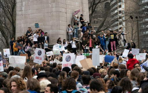 Climat: des milliers de jeunes New-Yorkais manifestent, avant qu'il ne soit