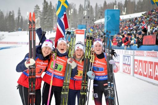 Mondiaux de biathlon: la Norvège gagne le relais dames, fiasco des Bleues