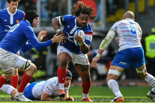 Six nations: le XV de France remporte un succès médiocre en Italie (25-14)
