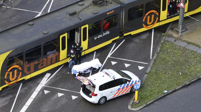 Fusillade dans un tramway à Utrecht: un témoin raconte ce qu'il a vu