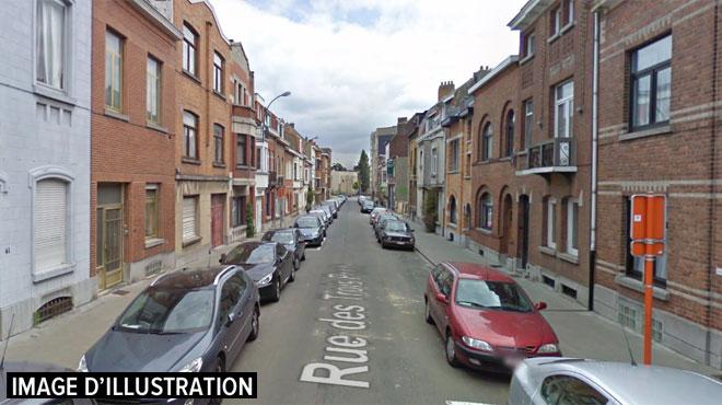 Un homme interpellé pour menaces avec arme sur son épouse à Auderghem