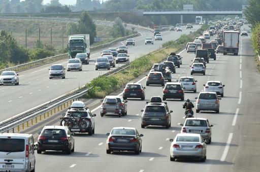 Concessions d'autoroutes: Bercy contraint à dévoiler l'accord passé en 2015