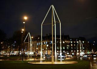 Des fontaines lumineuses des frères Bouroullec inaugurées sur les Champs-Élysées